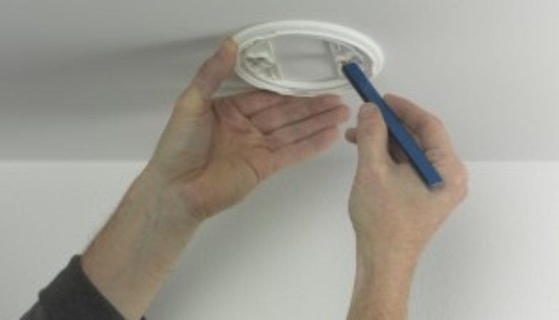 fit-a-carbon-monoxide-detector